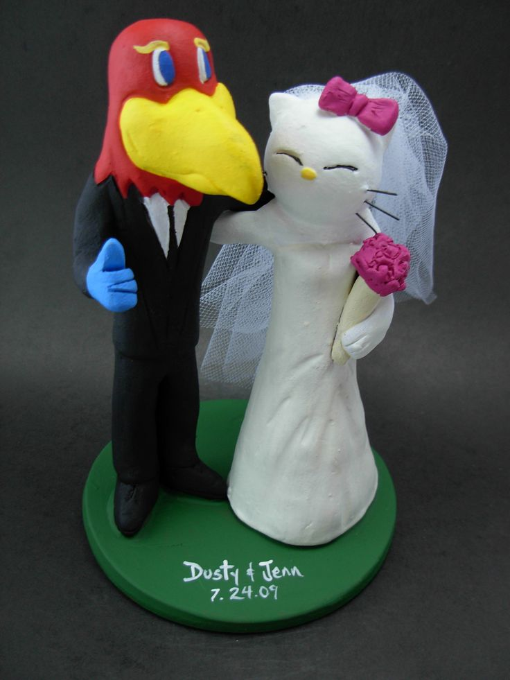 Custom made to order college mascot wedding cake toppers. $235 www.magicmud.com 1 800 231 9814 magicmud@magicmud... blog.magicmud.com twitter.com/... $235 #mascot #collegemascot #hokie #ms.wuf #gators #virginiatech #football mascot #wedding #toppers #custom #Groom #bride #weddingcaketoppers #caketoppers www.facebook.com/... www.tumblr.com/... instagram.com/... magicmud.com/Wedding photos.htm
