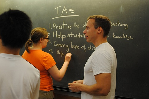 How to Get Work Experience as a Teaching Assistant