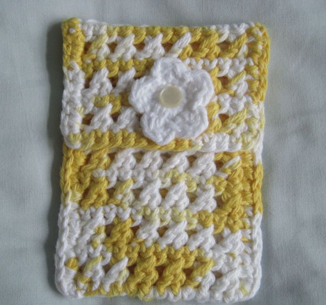 Crocheting Gadgets : crochet cotton ipod, phone & gadget cosy ?10.00