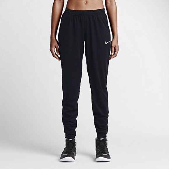NIKE SOCCER PANTS Very breathable pants, so easy to work out in!!! Great for night runs!! Nike Pants Track Pants & Joggers