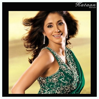 #Urmila Matondkar flaunting her beauty in a vibrant GREEN saree