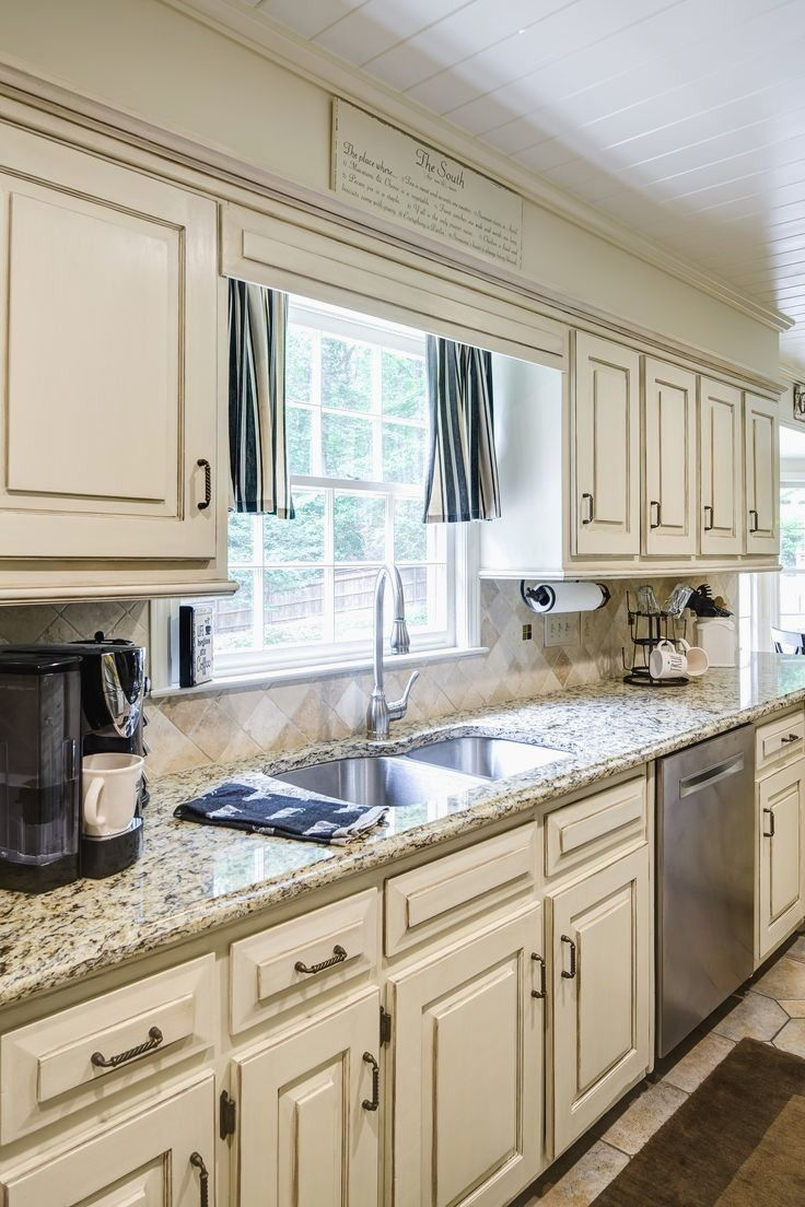 Take Your Kitchen Cabinets Far Beyond Simple Storage With These Creative Design Painting Kitchen Cabinets White Simple Kitchen Cabinets Kitchen Cupboards Paint