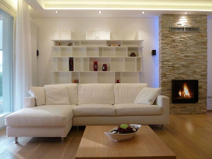 Oltre 25 fantastiche idee su dietro al divano su pinterest - Parete attrezzata con divano ...