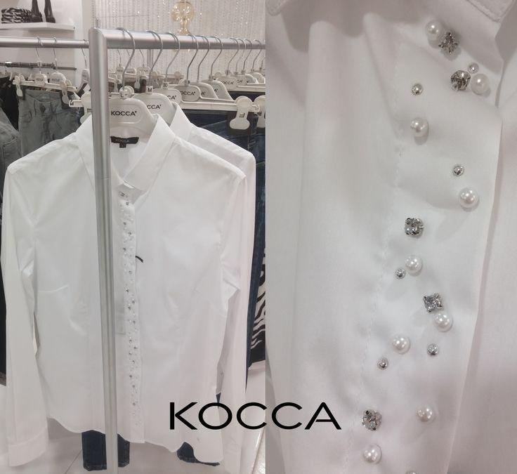 Красивая и нарядная блузочка от Kocca. Каждая деталь продумана и будет радовать свою обладательницу!  У нас еще много красивого, приходите и порадуйте себя качеством класса люкс.