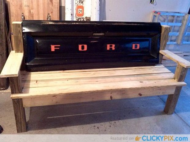 41 DIY Truck Tailgate Bench Ideas – Upcycle a Rusty Tailgate #CarsMadebyFord