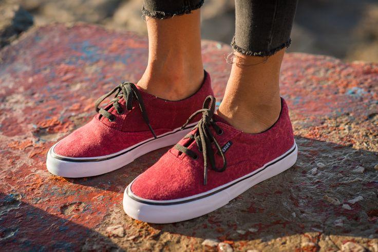 Vexley.com Classic Batik . #zapas #footwear #batik #shoes #zapatillas #sneakers