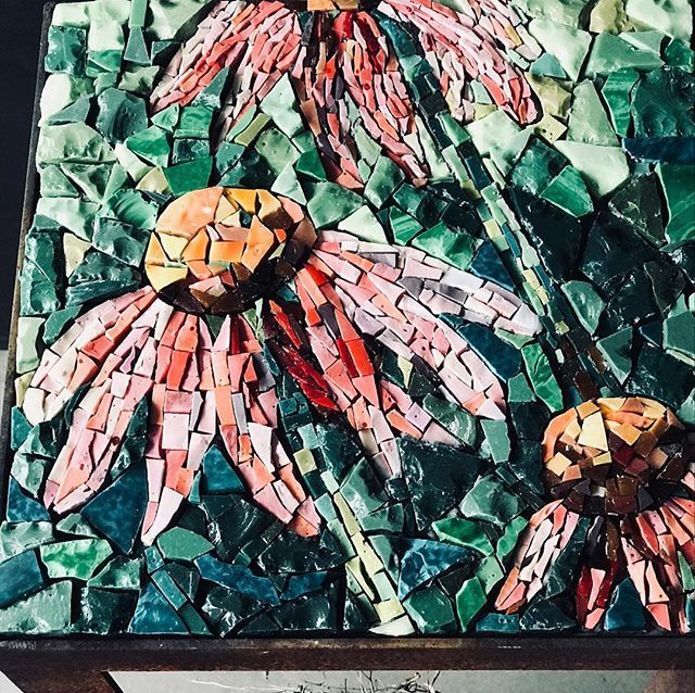 Gosh there is snowfall predicted for this weekend.  It could be time to do a little spring rain dance or anything in our power to tickle spring out of its self-doubt. I am humbly putting these flowers forward as a token effort. What will you do? #springiswhere #springiscoming #flowersofinstagram #mosaicart #mosaico #mosaik #orsoni #bisazza #echinacea #echinaceapurpurea #mycreativebiz #myhappyplace #brokenthings #mosaictable #mosaiktisch #brokentiles #mosaicartist #mosaicart