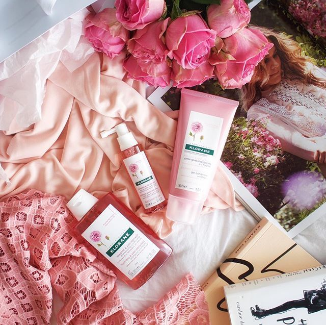 PRETTY PINK + SWEET LIKE PEONIES // when your hair products couldn't get any prettier!  We love @kloraneau new Peony Collection designed for the most sensitive, stressed-out and irritated scalps. So gentle I've been using it on Aria's hair too! She is now