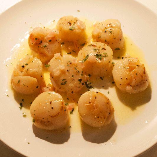 Sint-Jacobsvruchten met botersaus