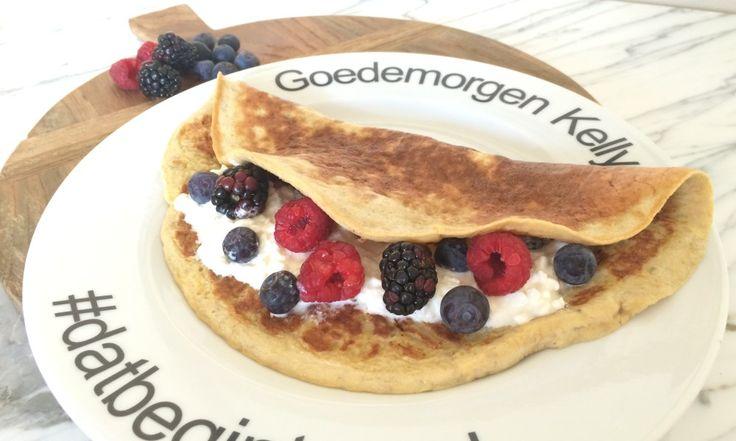 Omeletwrap met ricotta en vers fruit. Wat een heerlijk paleo ontbijt! | Goodfoodlove