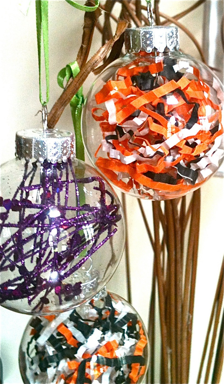 Handmade Holloween Decor, theses look like they would be super simple to make and look gorgeous!