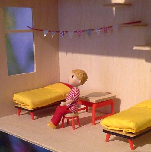 La Chambre Des Enfants :: zestaw mebelków dla lalek :: dziecięca sypialnia fufurufu Djeco