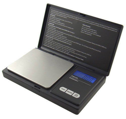 The AMW #Series is a great durable and compact pocket scale for those who are seeking the on the go high-tech portable scale. The backlit LCD display helps make ...