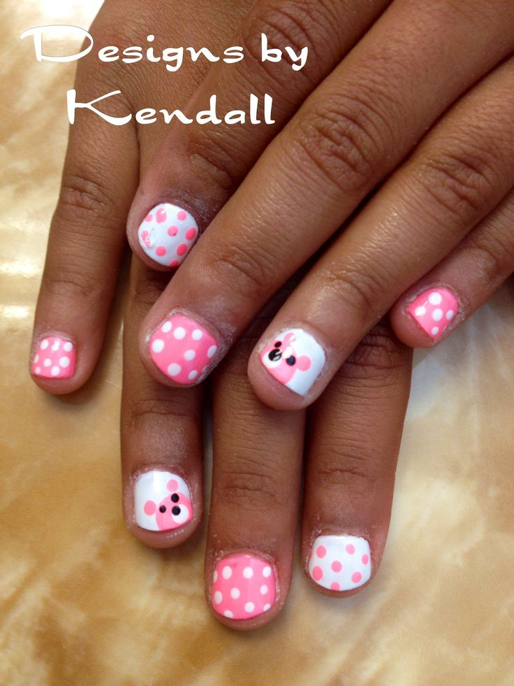 Kid nail designs. Baby bears nail art.
