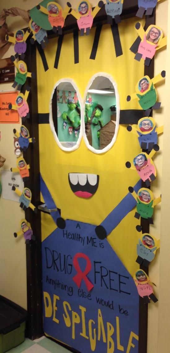 Adorable red ribbon week door decor from a teacher friend for Third party wall notice
