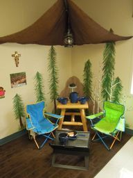 Camping dramatic play- A great idea for bringing the outdoors in, especially during the winter months when camping is months away. Adds to the room as well making it feel more like home rather than a classroom. Did this set up with children in the gym for the day, they loved it!.