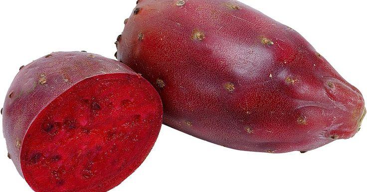 ¿Cuál es la mejor época del año para cosechar la tuna?. La opuntia humifusa, también conocida por su nombre común como tuna, es un cactus originario de América, actualmente naturalizado en muchas partes del mundo. También se le llama higo indio, oreja de conejo o cola de castor. Es un cactus perenne que crece muy bien en zonas de clima cálido y tierras arenosas y marginales. La tuna o pera espinosa es ...