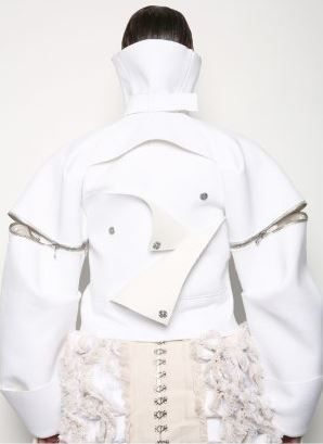 Oversized Jacket - conceptual fashion design exploring restriction; sculptural fashion // Patrik Guggenberger