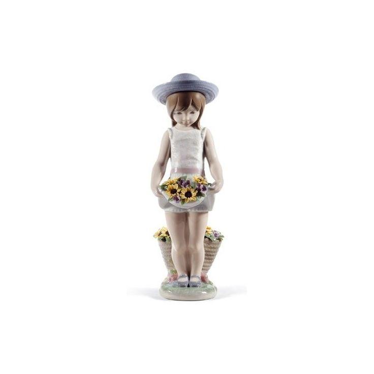 Figurka - Sukienka pełna kwiatów