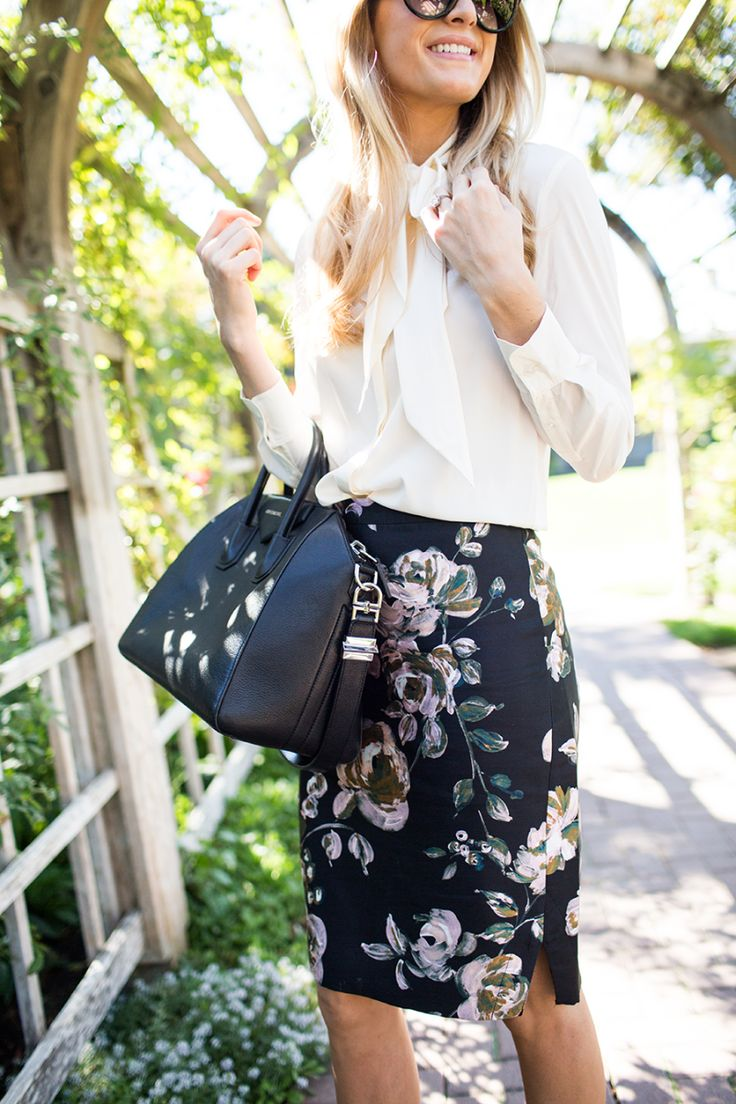 Business chic in J.Crew Collection floral pencil skirt, Tory Burch top, Givenchy Antigona bag #StreetStyle