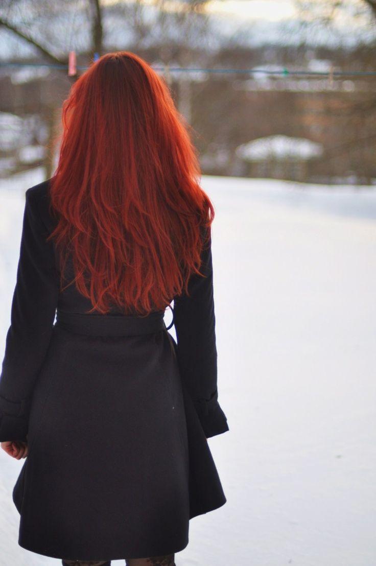 рыжие девушки сзади фото