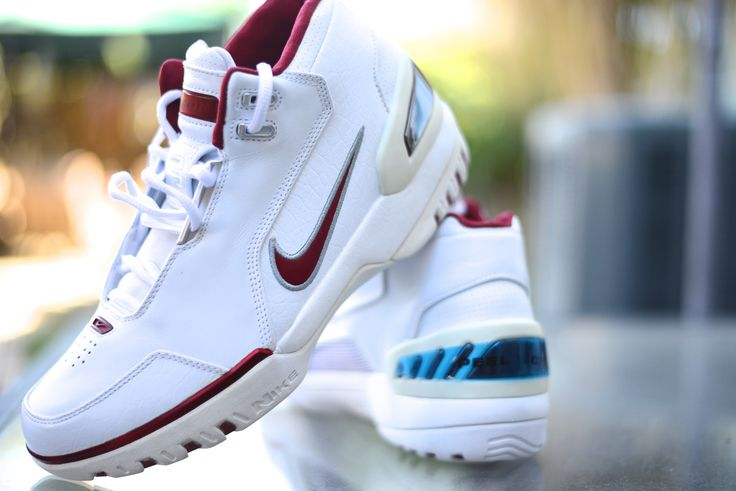 Air Zoom Generation (White/Red) Size 9 Shiek Shoes in Montclair, CA Dead Stock