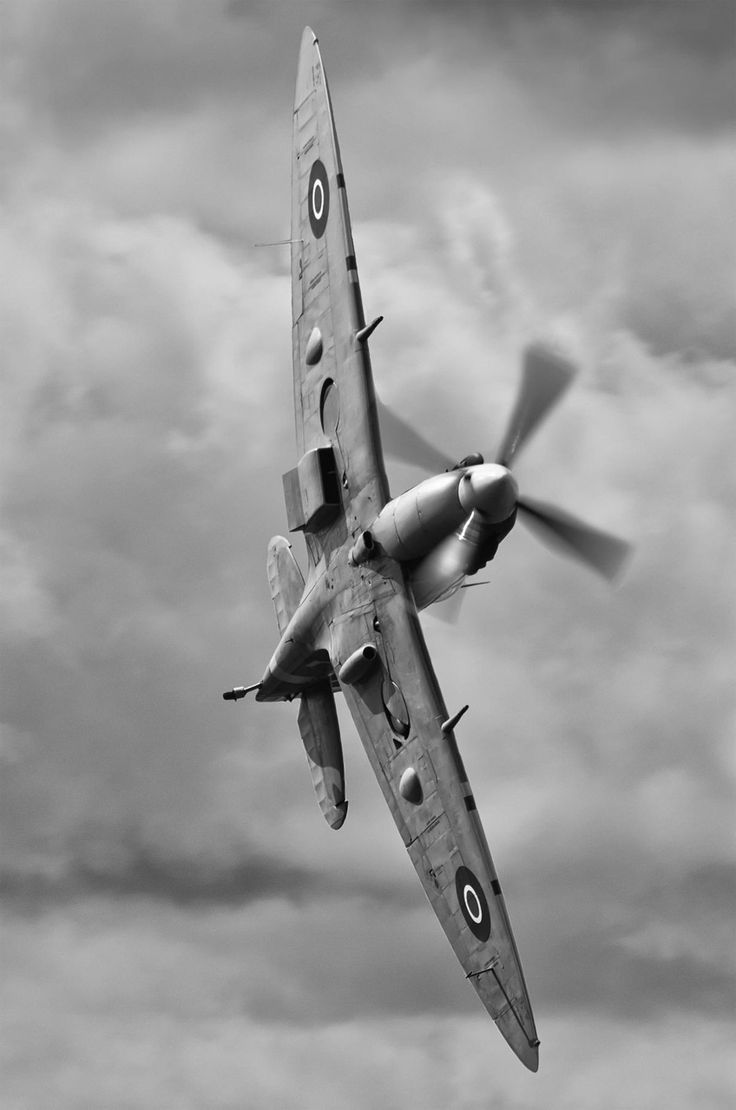 Spitfire during WWII Battle of Britain. Fab shot of the classic Spitfire! #Spitfire