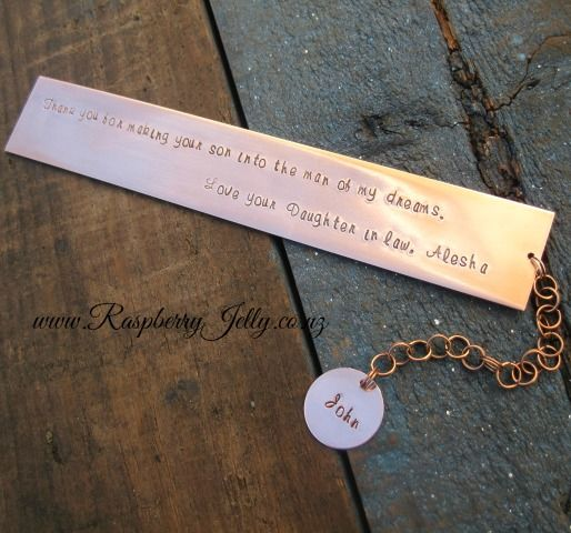 Rustic and Rugged... and perfectly suitable for that man in your life. Sliding this flat copper Hombre bookmark between the pages will keep his place secure