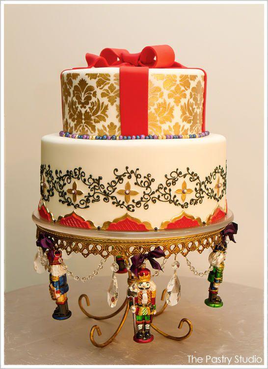 This festive Nutcracker cake: Golden Nutcrackers, Nutcracker Christmas, Nutcracker Inspiration Cakes, Christmas Cakes, Christmas Nutcrackers, Nutcrackers Inspiration Cakes, Holidays Cakes, Nutcrackers Christmas, Nutcrackers Cakes