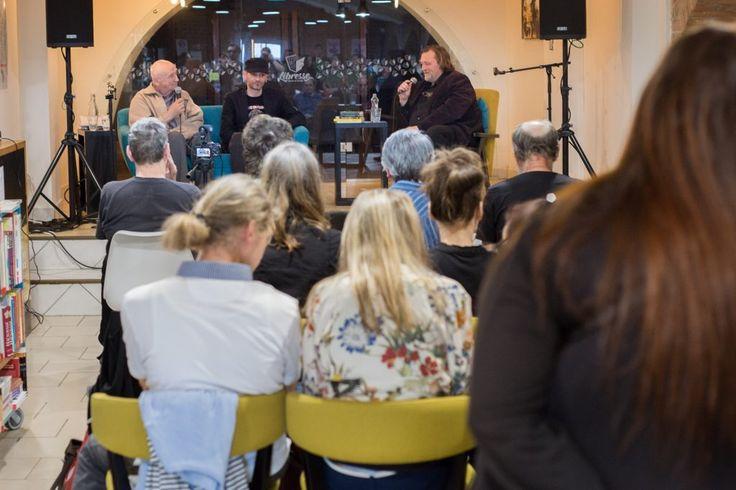 Ján Milčák a Agda Bavi Pain v diskusii s Kolomanom Bagalom vzbudili záujem u mnohých (Foto: Gabriel Horváth)