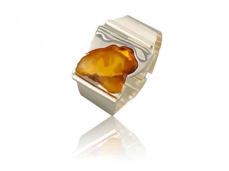 Silver handmade bracelet with amber