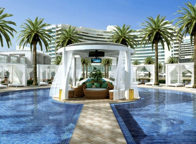 Fontainebleau Hotel in Miami http://hotelinteriordesigns.eu/best-hotels-in-miami-fontainebleau-miami-beach-2/ | http://hotelinteriordesigns.eu/inside-le-royal-monceau-raffles-paris/
