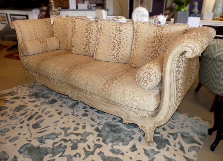 MARGE CARSON FRENCH COUNTRY SOFA DAYBED