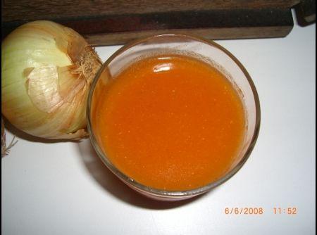 Molho de Tomate Caseiro - Veja mais em: http://www.cybercook.com.br/receita-de-molho-de-tomate-caseiro.html?codigo=69762
