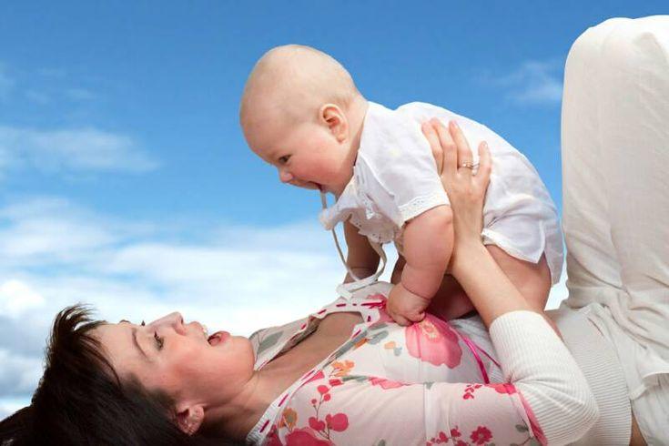 Importanta contactului cu bebelusului.