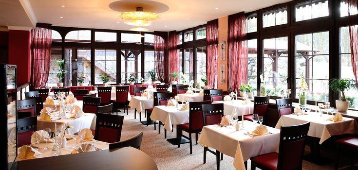Unser Hotel The Lakeside Burghotel in Strausberg ist ideal für Ihre Tagung oder Hochzeit geeignet. Erfahren Sie jetzt alles zu Zimmern, Preisen und Veranstaltungen im Hotel Strausberg.