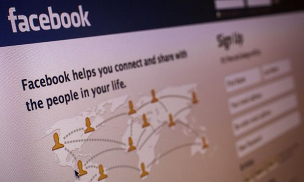 #Facebook's changing standards: from beheading to breastfeeding images