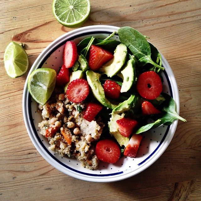 This has to be my best salad creation yet! Spinach, avocado and strawberries with a chickpea and quinoa salad, with a drizzle of lime juice!The flavours in this salad are amazing and so natural and zingy!#salad#lunch#food#foodstyling#avocado#strawberries#spinach#wuinoa#chickpeas#healthyliving healthy#healthyeating#healthylifestyle#healthyliving#lime#nutritious#raw#delicious#vegan#vegetarian#foodblog#deliciouslyella#recipe#healthylunch#rawfood#rawtill4