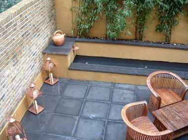 Idea de jardinera con  bambú.