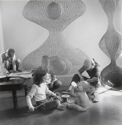 Ruth Asawa at work with her children, 1957 by Imogen Cunningham