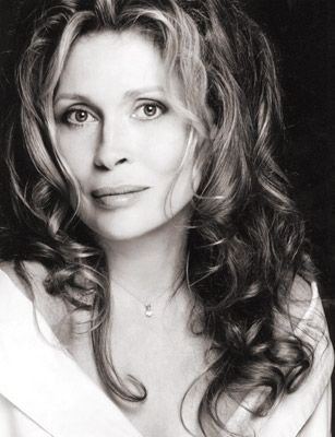 Faye Dunaway Oh, come on . .  I just had to keep pinning . . . I just know without a doubt she is family.