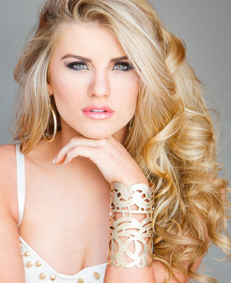 Great #covergirl #Pose #Beautiful #Fashion, #Pageant