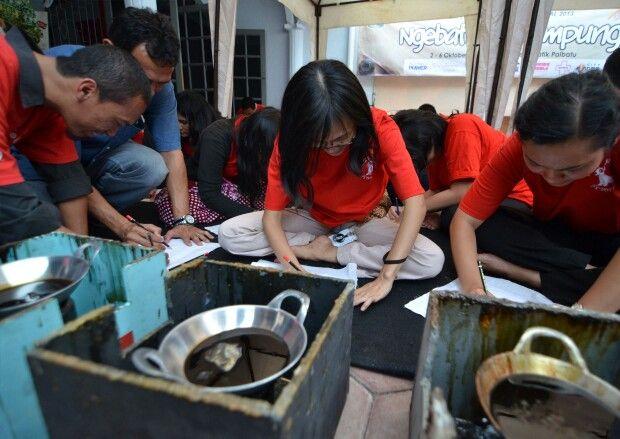 Jelang Hari Batik Nasional 2 Oktober 2014