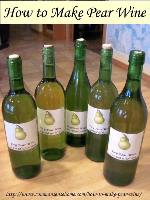 How to make pear wine. Two recipes for pear wine, one with commercial wine making products, one with common kitchen ingredients.