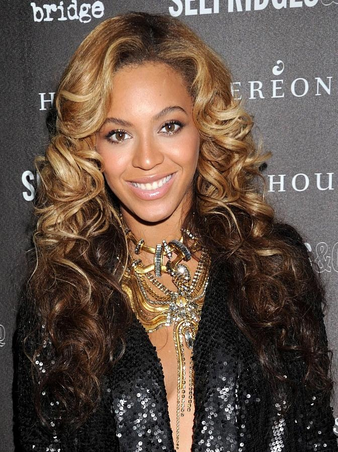 258 best beyonc images on pinterest beyonce knowles queen b and celebrity lookbooks beyonce knowles at house of dereon after party london thecheapjerseys Choice Image