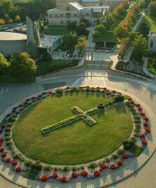 Jardín en forma de Rosario.