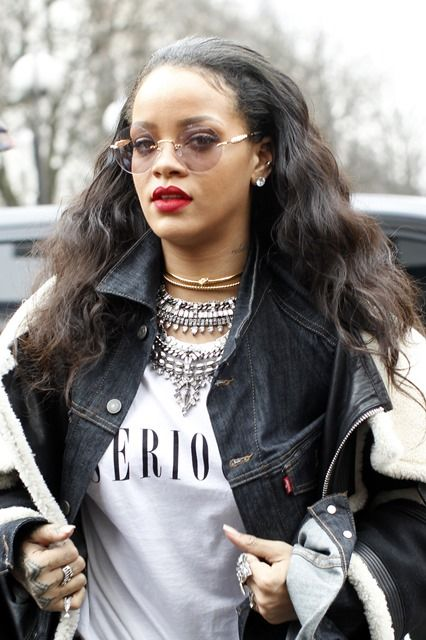 #Rihanna Named Spotify's Top Female Artist For Third Consecutive Year