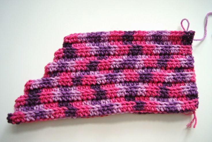 'Mixin it up with DaPerfectMix': Crochet Mermaid Tail Fin Pattern