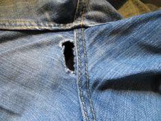 Jak opravit prošoupané džíny?