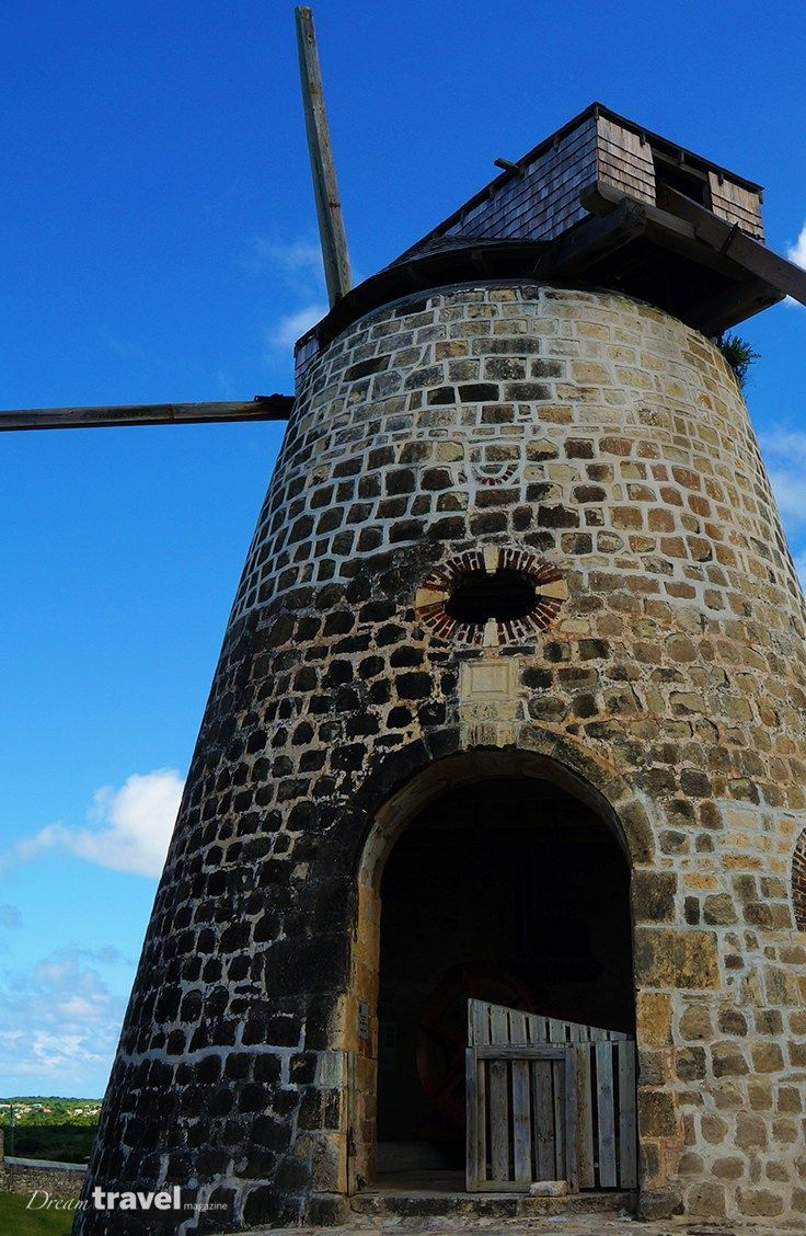 Sugar Mill at Betty's Hope Estate Museum. In this post we look at things to do with one day in Antigua. | Angtigua Barbuda | One Day Itinerary | Excursions | Attractions| Cruise Excursions |